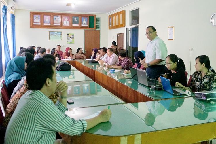 Kunjungan UPT KSLI ke Fakultas untuk Sosialisasi Program Internasional Rampung